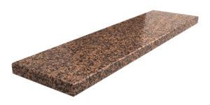 parapet z granitu Rosso Balmoral